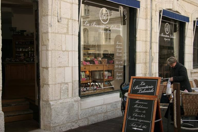 top 10 unusual must visit shops in Angouleme La Biscuiterie Lolmède